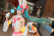 【COS  VOCALOID】miku:兔子和彩蛋,你猜什么节日?