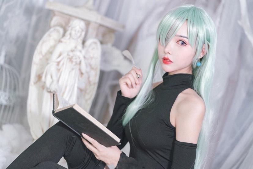 【cos】伊丽莎白里昂妮丝-小柚妹站