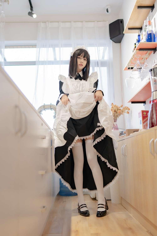 【COS】过期米线线喵 - 女仆长-小柚妹站