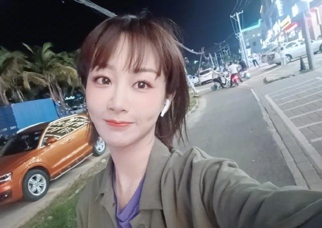 海外最受欢迎国内女明星:迪丽热巴实至名归,但杨幂输给赵露