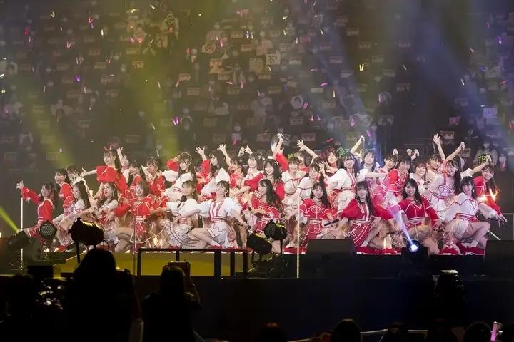 【资讯】NMB48吉田朱里毕业演唱会:10年间,真的非常感谢大家