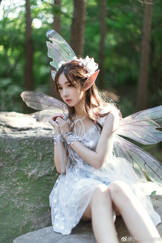 【cos】落霞与孤鹜齐飞,秋水共长天一色-柚妹网