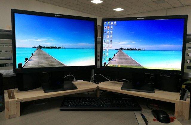 解决组建双屏其中一个屏幕出现重影
